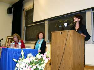 Simin Behbahani, Dr. Jaleh Pirnazar and Niloufar Talebi reading